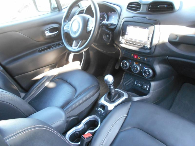 Jeep Renegade 1.4 MultiAir S&S 140ch Limited Blanc occasion à Toulouse - photo n°8