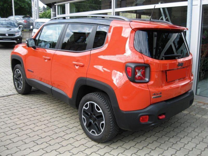 Jeep Renegade 2.0 Multijet 170 4x4 Orange occasion à Beaupuy - photo n°2