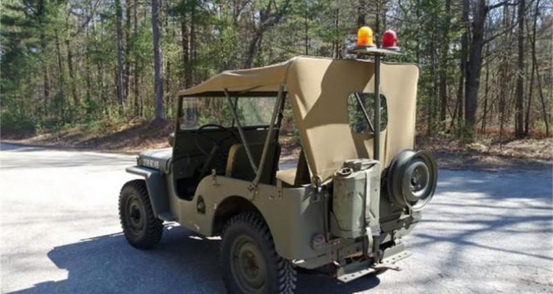 Jeep Willis M38 military police 1947 prix tout compris Vert occasion à PONTAULT COMBAULT - photo n°3