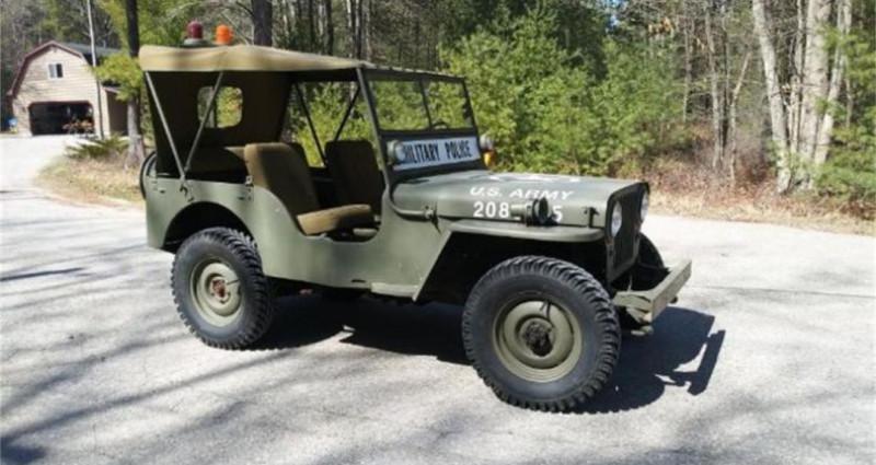 Jeep Willis M38 military police 1947 prix tout compris Vert occasion à PONTAULT COMBAULT