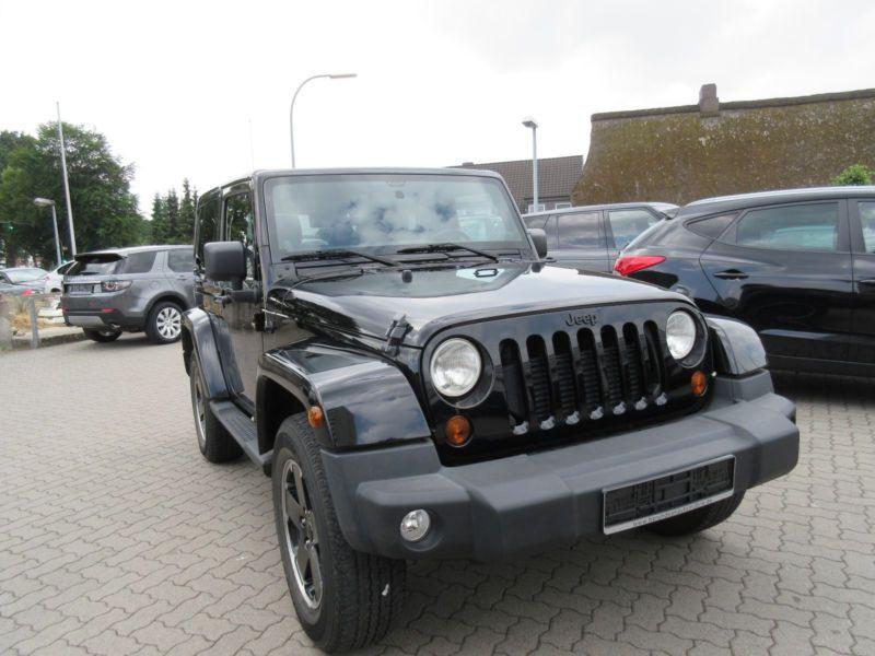 Jeep Wrangler 2.8 CRD 200 Sahara Black Edition Noir occasion à Beaupuy - photo n°3