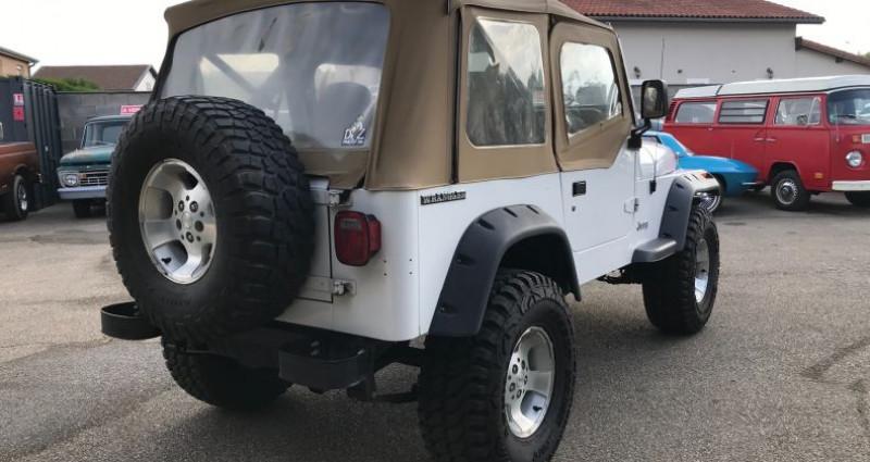 Jeep Wrangler 4,2l 6 Cylindres En France Blanc occasion à SAINT ANDRE DE CORCY - photo n°2