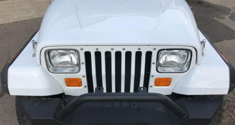 Jeep Wrangler 4,2l 6 Cylindres En France Blanc occasion à SAINT ANDRE DE CORCY - photo n°7