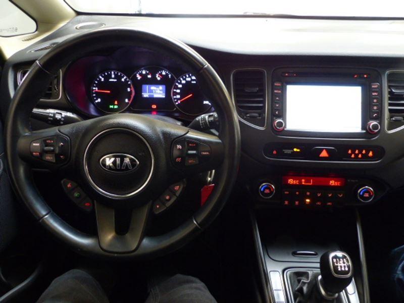 Kia Carens 1.7 CRDI 115CH ACTIVE ISG 7 PLACES Argent occasion à Challans - photo n°6