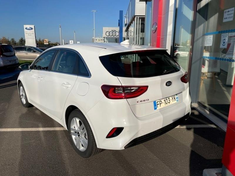 Kia Cee'd 1.0 T-GDI 120ch Active 118g Blanc occasion à Amilly - photo n°4