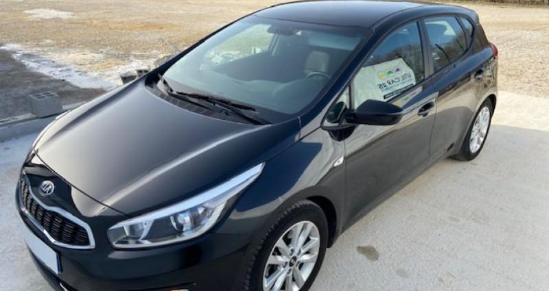 Kia Cee'd 1.6 CRDI 110CH ISG ACTIVE BUSINESS Gris occasion à Tarcenay - photo n°2