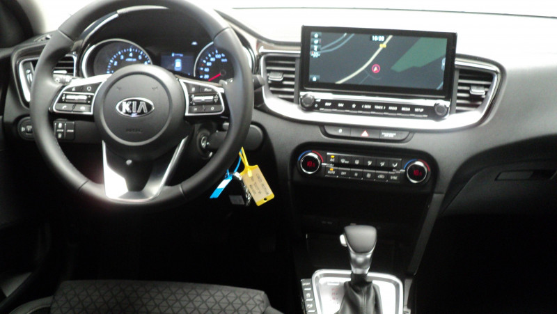 Kia Cee'd CEED 1.4 T-GDI 140 ch ISG DCT7 Active 5p Rouge occasion à Cahors - photo n°9
