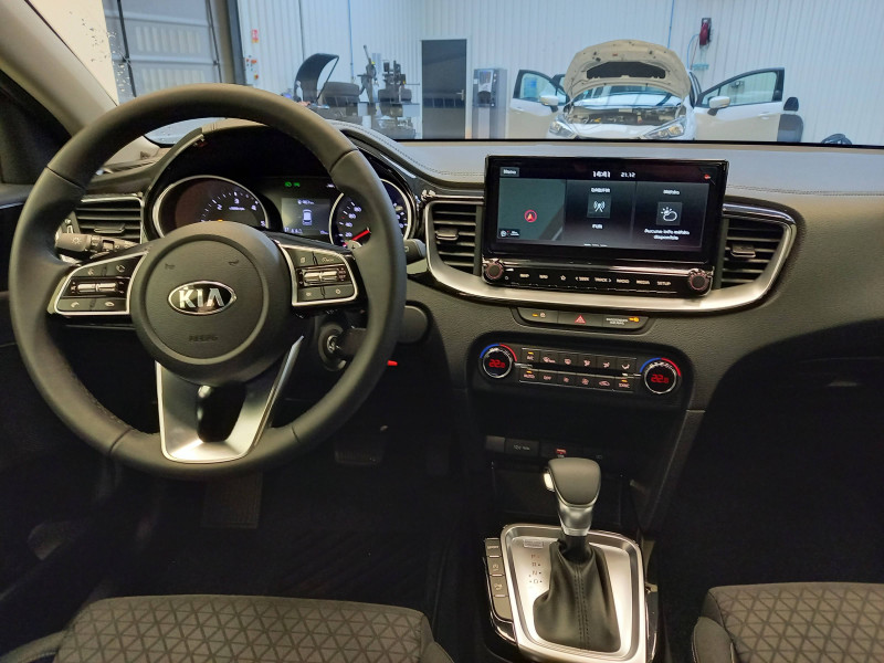 Kia Cee'd CEED 1.6 CRDi 115 ch ISG DCT7 Active 5p Gris occasion à TARBES - photo n°9