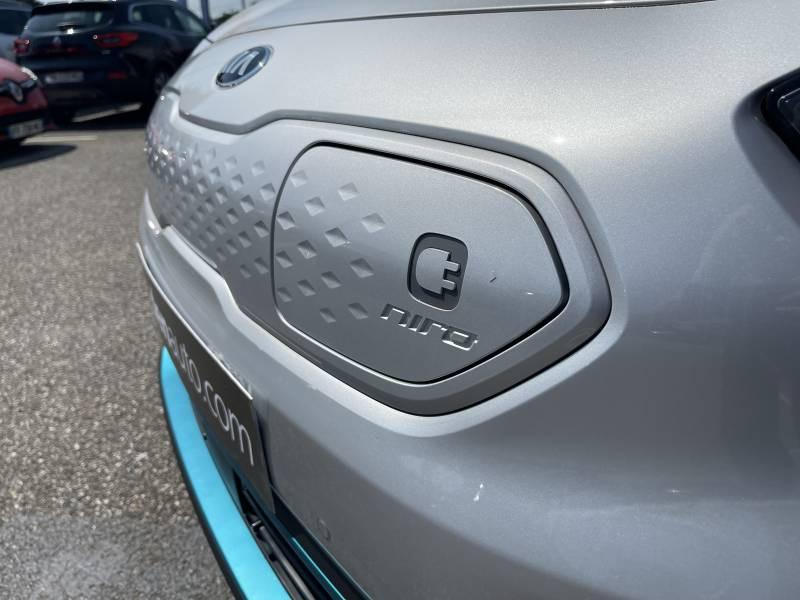 Kia e-Niro Electrique 204 ch Design Argent occasion à Saint Bazeille - photo n°4