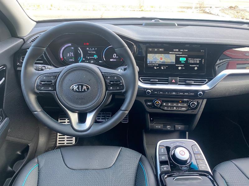 Kia e-Niro Premium 204ch Noir occasion à Auxerre - photo n°3