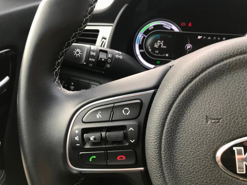 Kia Niro 1.6 GDi 105ch ISG + électrique 43.5ch Design DCT6 Euro6d-T Gris occasion à Amilly - photo n°17