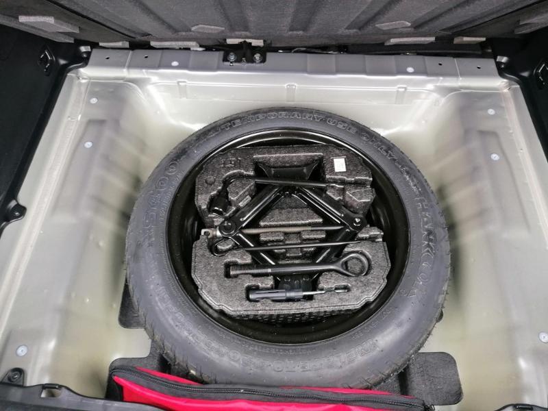 Kia Niro 1.6 GDi 105ch ISG + électrique 43.5ch Design DCT6 Euro6d-T Gris occasion à Saint-Maximin - photo n°13
