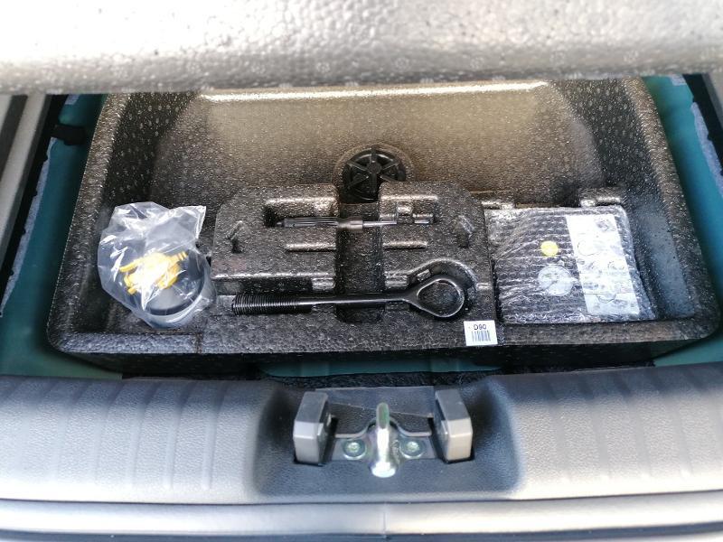 Kia Niro 1.6 GDi 105ch ISG + électrique 43.5ch Design DCT6  occasion à Varennes-Vauzelles - photo n°16