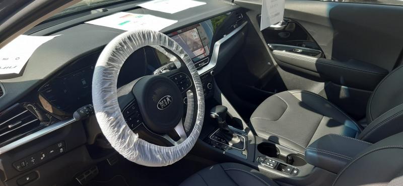 Kia Niro 1.6 GDi 105ch ISG + électrique 43.5ch Premium DCT6 Gris occasion à Toulenne - photo n°2