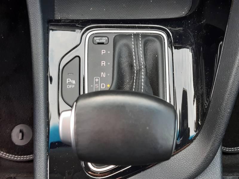 Kia Niro Hybrid 1.6 GDi 105 ch + Electrique 43.5 DCT6 Active Gris occasion à Villenave-d'Ornon - photo n°8
