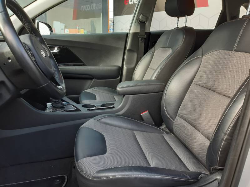 Kia Niro Hybrid 1.6 GDi 105 ch + Electrique 43.5 DCT6 Active Gris occasion à Villenave-d'Ornon - photo n°16