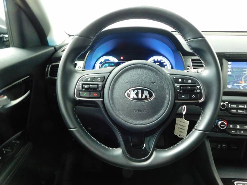 Kia Niro Hybrid 1.6 GDi 105 ch + Electrique 43.5 DCT6 Active Gris occasion à Saint-Laurent-des-Vignes - photo n°6