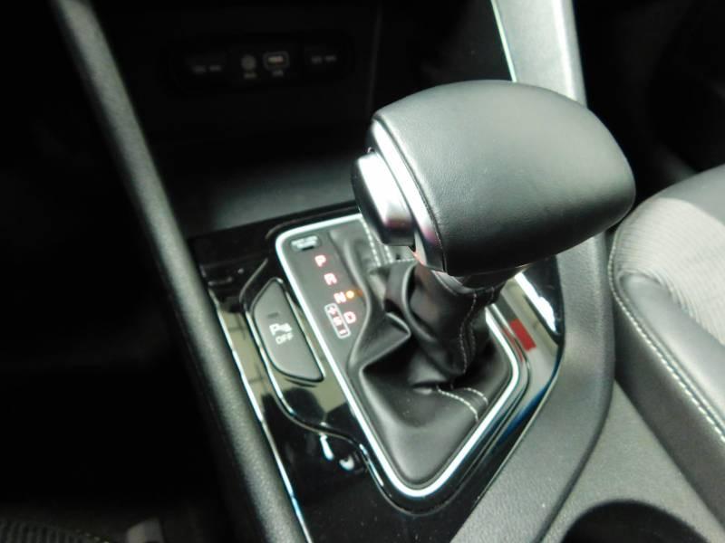 Kia Niro Hybrid 1.6 GDi 105 ch + Electrique 43.5 DCT6 Active Gris occasion à Saint-Laurent-des-Vignes - photo n°11