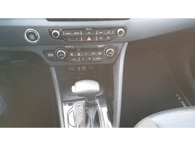 Kia Niro Hybrid 1.6 GDi 105 ch + Electrique 43.5 DCT6 Design  occasion à Saint-Laurent-des-Vignes - photo n°12