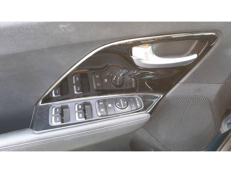 Kia Niro Hybrid 1.6 GDi 105 ch + Electrique 43.5 DCT6 Design  occasion à Saint-Laurent-des-Vignes - photo n°14