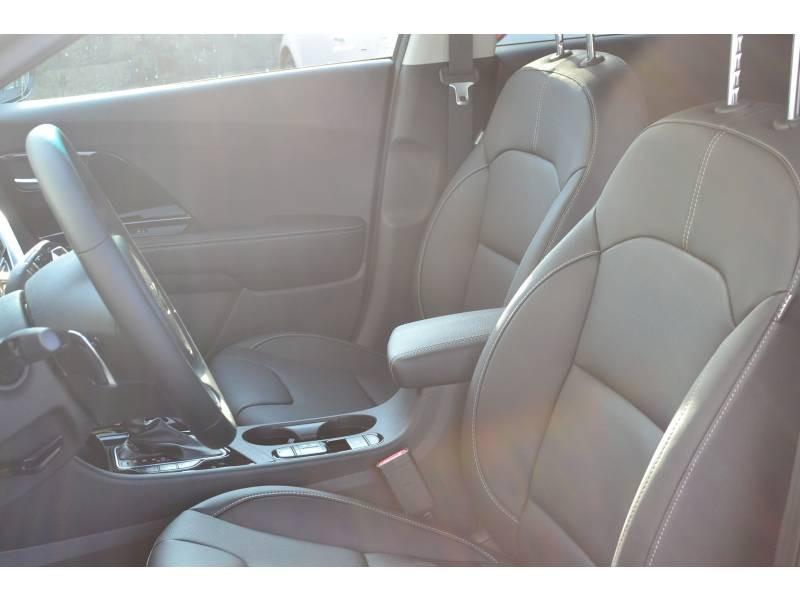 Kia Niro Hybrid Recharg 1.6 GDi 105 ch ISG + Elec 60.5 DCT6 Premium Gris occasion à Toulenne - photo n°6