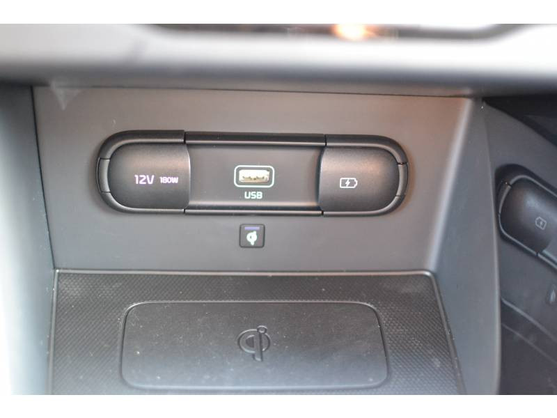Kia Niro Hybrid Recharg 1.6 GDi 105 ch ISG + Elec 60.5 DCT6 Premium Gris occasion à Toulenne - photo n°17