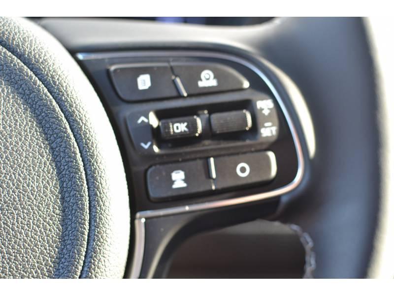 Kia Niro Hybrid Recharg 1.6 GDi 105 ch ISG + Elec 60.5 DCT6 Premium Gris occasion à Toulenne - photo n°14
