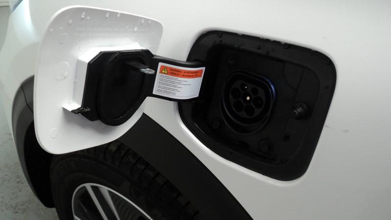 Kia Niro Niro Hybrid Recharg 1.6 GDi 105 ch ISG + Elec 60.5 ch DCT6 P Blanc occasion à Cahors - photo n°7
