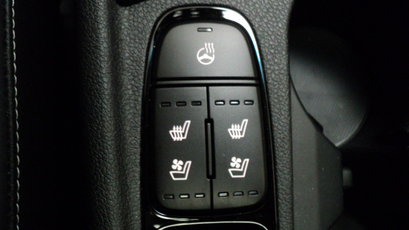 Kia Niro Niro Hybrid Recharg 1.6 GDi 105 ch ISG + Elec 60.5 ch DCT6 P Blanc occasion à Cahors - photo n°17