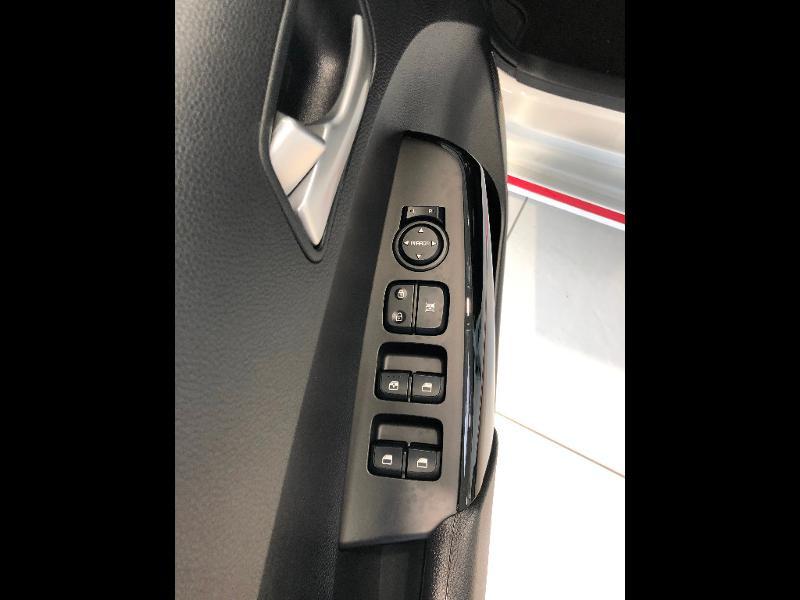 Kia Picanto 1.2 DPi 84ch GT Line Blanc occasion à Amilly - photo n°14