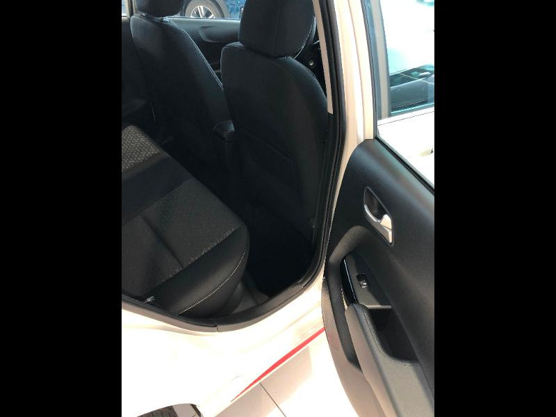 Kia Picanto 1.2 DPi 84ch GT Line Blanc occasion à Amilly - photo n°20