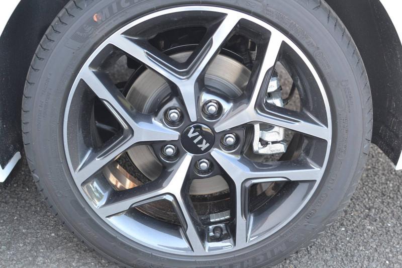 Kia Pro-cee'd PROCEED 1.5 T-GDi 160 ch ISG DCT7 GT Line Premium 5p Blanc occasion à Toulenne - photo n°6