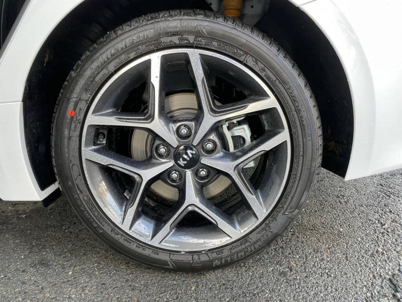 Kia Pro-cee'd PROCEED 1.6 CRDi 136 ch ISG DCT7 GT Line Premium 5p Blanc occasion à Bruges - photo n°6