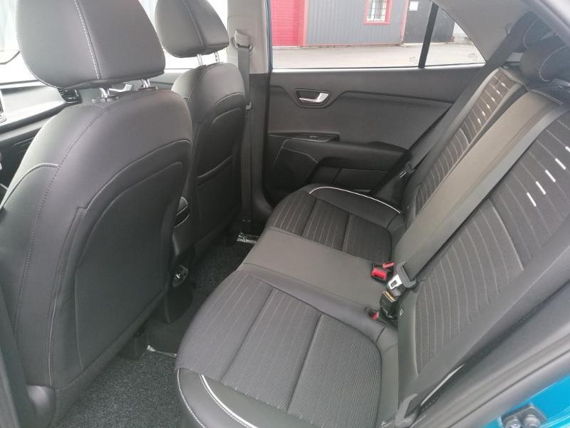 Kia Rio 1.0 T-GDI 120ch MHEV GT Line Premium iBVM6 Bleu occasion à Saint-Maximin - photo n°9