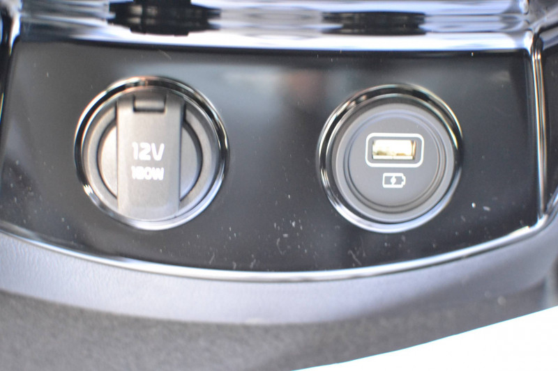 Kia Sorento Sorento 1.6 T-GDi 180 ch ISG/Electrique 7 pl 91 ch BVA6 Desi Noir occasion à Toulenne - photo n°11