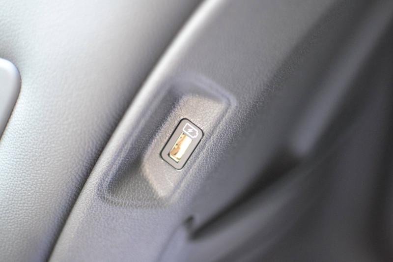 Kia Sorento Sorento 1.6 T-GDi 180 ch ISG/Electrique 7 pl 91 ch BVA6 Desi Noir occasion à Toulenne - photo n°13