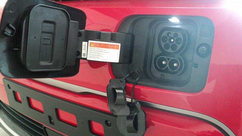 Kia Soul e-Soul Electrique 204 ch Active 5p Rouge occasion à Cahors - photo n°8