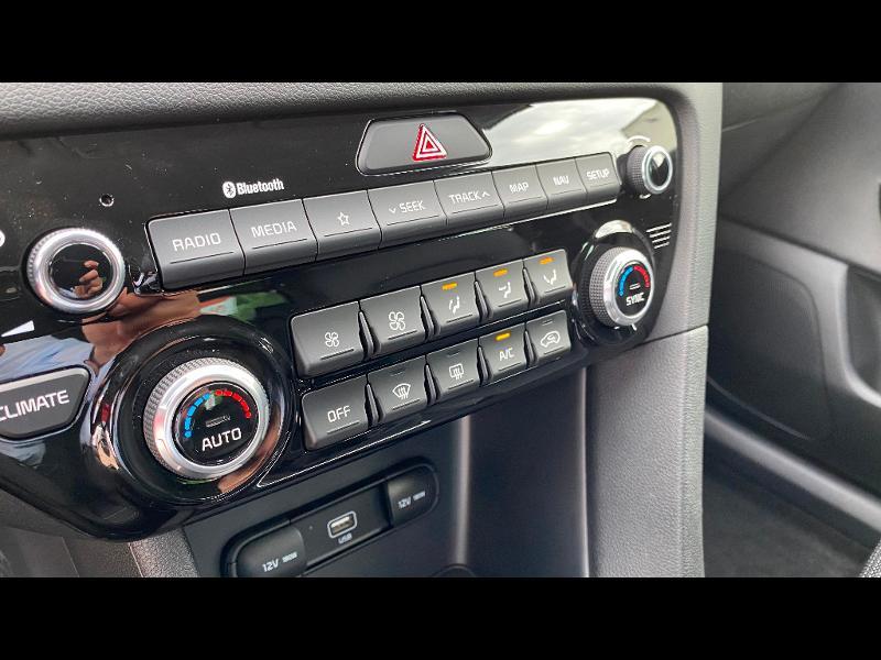 Kia Sportage 1.6 CRDi 115ch ISG Design 4x2 Noir occasion à Garges-lès-Gonesse - photo n°11