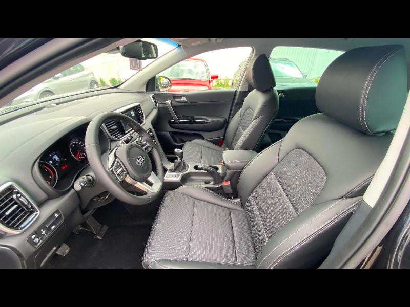 Kia Sportage 1.6 CRDi 115ch ISG Design 4x2 Noir occasion à Garges-lès-Gonesse - photo n°6