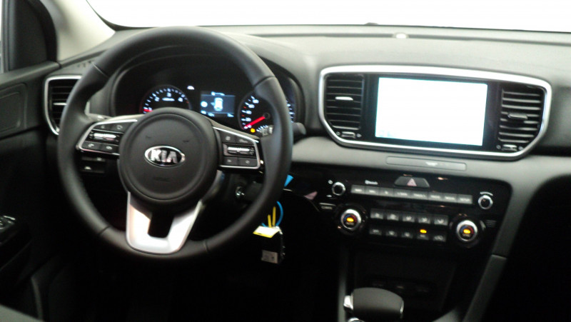 Kia Sportage Sportage 1.6 CRDi 136ch MHEV ISG DCT7 4x2 Black Edition 5p Blanc occasion à Cahors - photo n°11