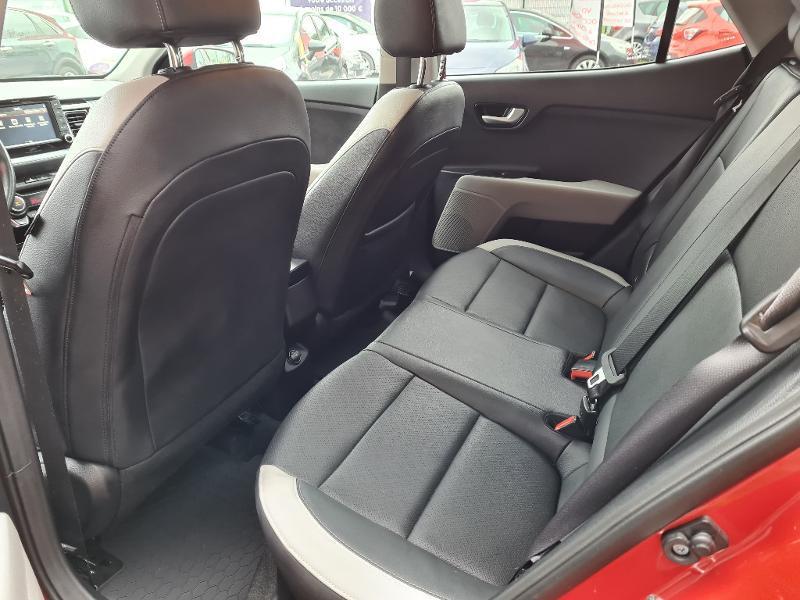 Kia Stonic 1.0 T-GDI 120ch ISG Premium Rouge occasion à Vert-Saint-Denis - photo n°17