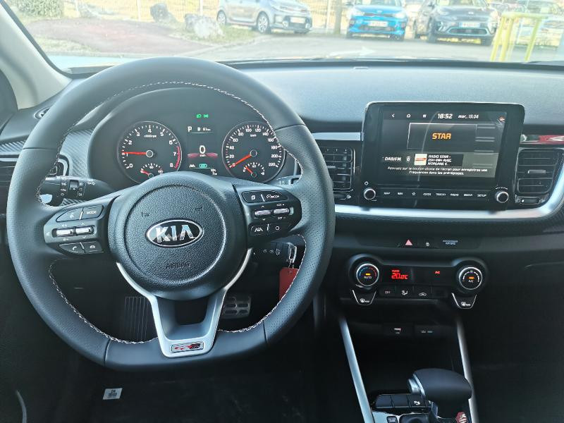 Kia Stonic 1.0 T-GDi 120ch MHEV GT Line DCT7 Gris occasion à Barberey-Saint-Sulpice - photo n°2