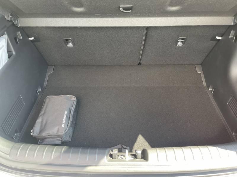 Kia Stonic MY21 1.0 T-GDi 120 ch MHEV iBVM6 Launch Edition Blanc occasion à Marmande - photo n°10