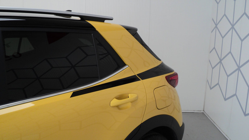 Kia Stonic Stonic 1.0 T-GDi 120 ch ISG BVM6 Premium 5p Jaune occasion à Cahors - photo n°10