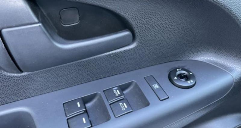 Kia Venga 1.6 CRDi 115 ch Active Gris occasion à LA GRAND CROIX - photo n°6
