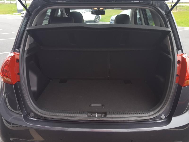 Kia Venga 1.6 CRDi 115ch Premium ISG Gris occasion à Quimper - photo n°3