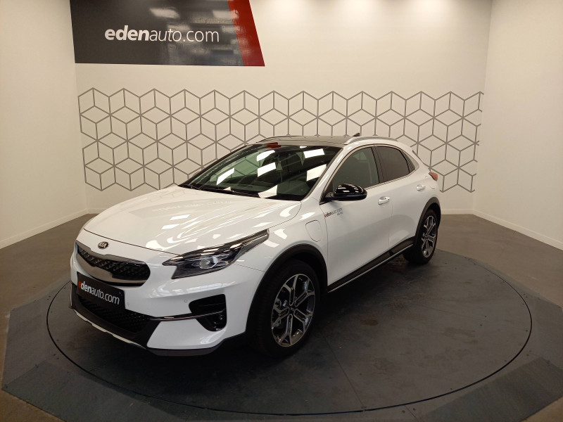 Kia XCeed XCeed 1.6 GDi 105 ch ISG/ Electrique 60.5ch DCT6 Premium 5p Blanc occasion à LONS