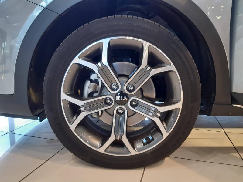 Kia XCeed XCeed 1.6l CRDi 115 ch DCT7 ISG Active 5p Gris occasion à Saint-Laurent-des-Vignes - photo n°4