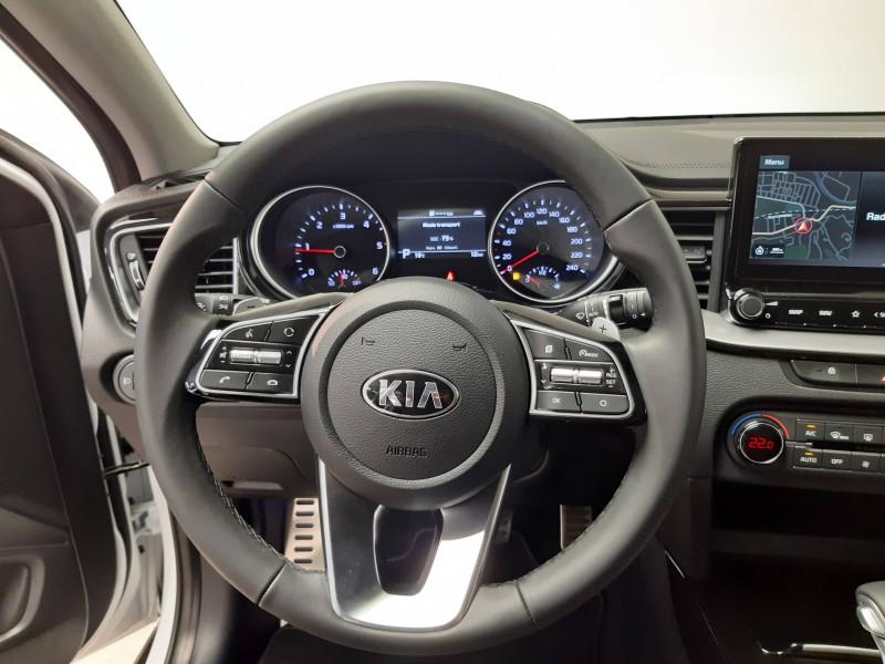 Kia XCeed XCeed 1.6l CRDi 115 ch DCT7 ISG Active 5p Gris occasion à Saint-Laurent-des-Vignes - photo n°6
