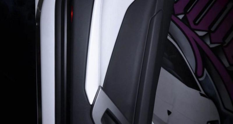Lamborghini Aventador ROADSTER 6.5 V12 LP 700-4 Blanc occasion à CANNES - photo n°7